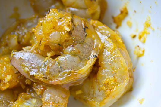 Shrimp With Cumin, Garlic and Turmeric