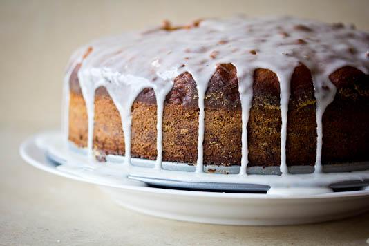 Cardamom Icing on Tamarind Date Cake