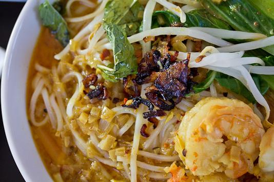Curry Laksa Soup With Shrimp