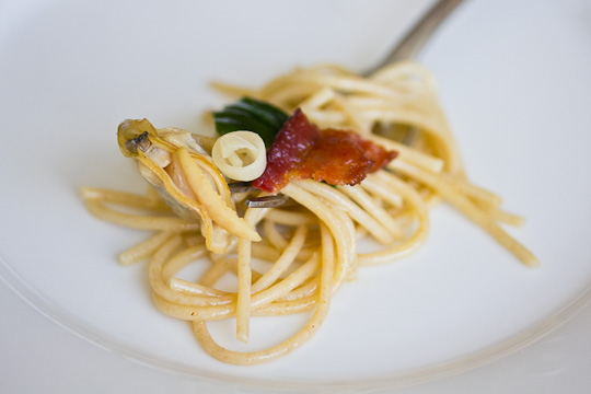 Perfect Morsel: Spaghettini with Clams, Bacon & Ramps